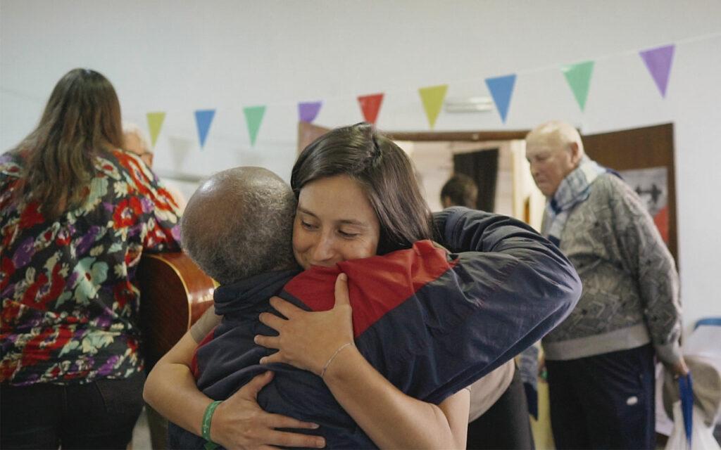 Lucía durante un taller de ECO. Música y comunidad en Residencias de Mayores. Residencia de Mayores de Ofra, 2019. Fotografía de Iván Delgado (Nevus Visual).